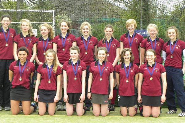 U16 girls at Surbiton